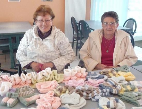 la layette tricotée par les dames de Kerlaran, 10 octobre 2011