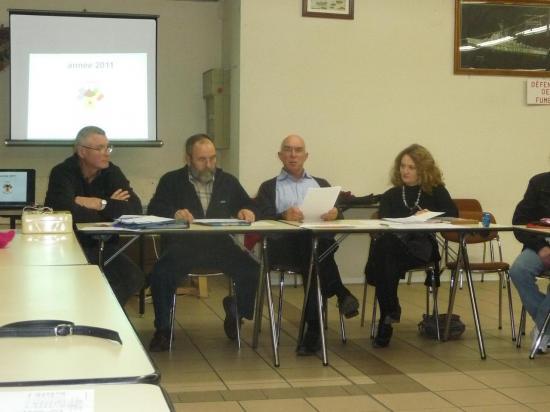 le Bureau à l'AG du 25 janvier 2012