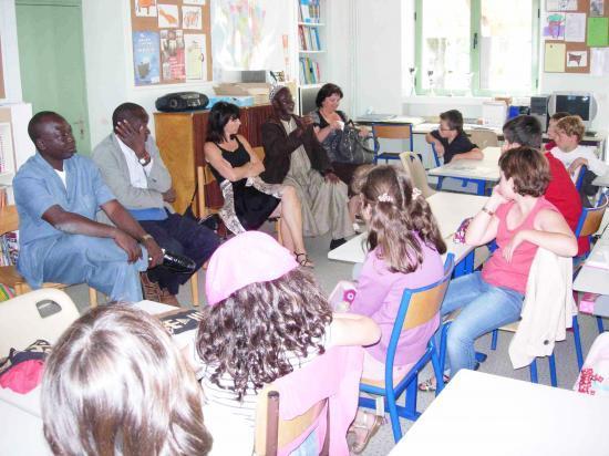 les Korois à l'école Jean-Jaurès, juin 2010