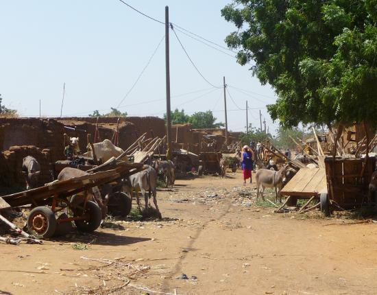 rue à Koro